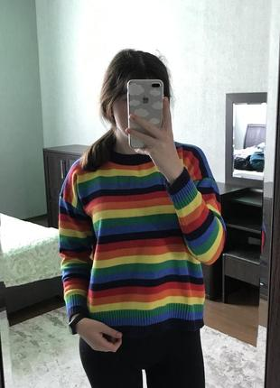 Женский свитер радужный