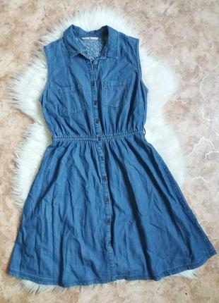 Джинсовое платье-рубашка без рукавов