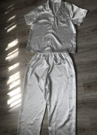 Новая пижама большой размер. пижама цвета айвори