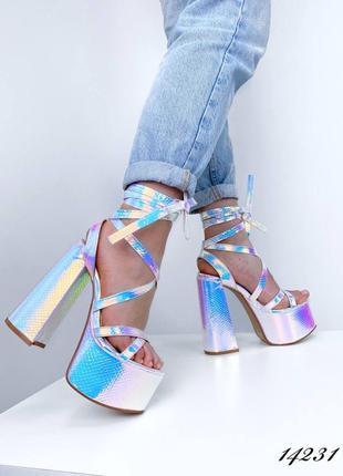 Босоножки женские яркие на высоком каблуке неоновые