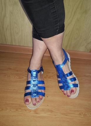 Новые стильные босоножки сандалии из натуральной кожи