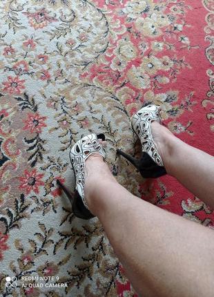 Кружевные туфли на платформе из кожзама
