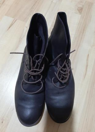 Продам ботинки camper