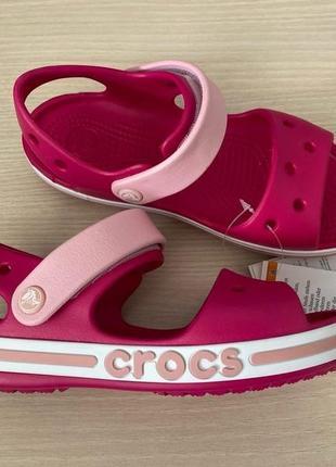 Босоножки crocs на девочку