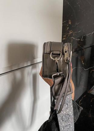 Женская сумка в стиле marc jacobs snapshot silver mini.5 фото