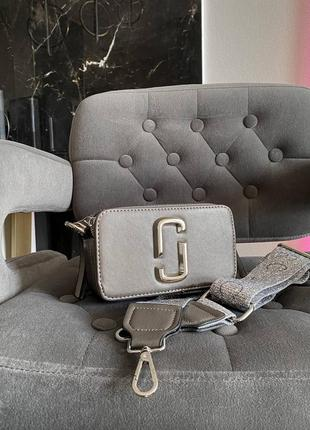 Женская сумка в стиле marc jacobs snapshot silver mini.7 фото