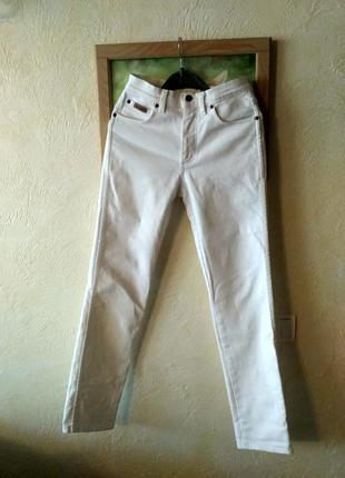Крутые белые прямые мом джинсы mom на высокой талии от wrangler