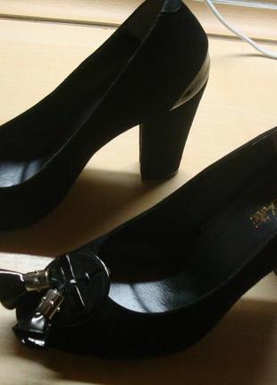 Туфли замшевые attizzare