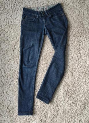 Продам джинсы женские calvin klein