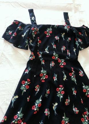 Невероятное платье на плечи miss selfridge2 фото
