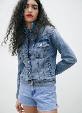 Новая женская джинсовая куртка zara xs s zara жіноча куртка 42 44 куртка zara