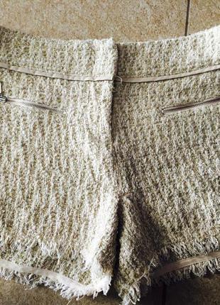 Короткие шорты на осень