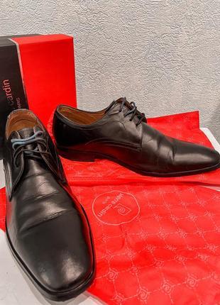 Классические мужские туфли pierre cardin