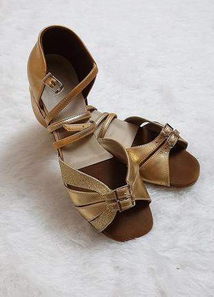 Обувь для танцев тм овація