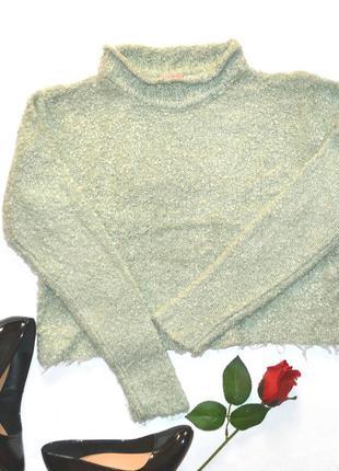 Мягенький, ,буклированый  , укороченный свитерок от  girls