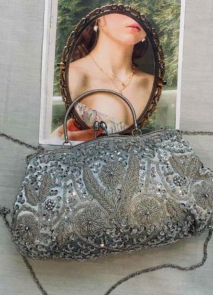 Красивая сумочка с бисера