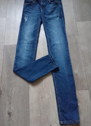 Узкие джинсы от pull&bear