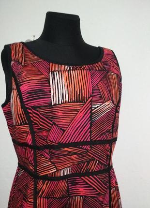 Фирменное роскошное натуральное 100% котоновое стройнящее платье футляр качество!3 фото