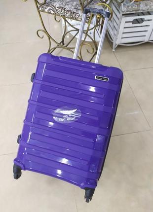 Ручная кладь,маленький чемодан ,надежный и легкий!