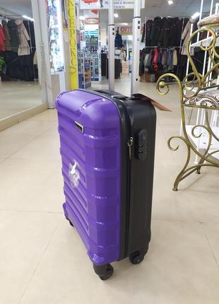 Ручная кладь,маленький чемодан ,надежный и легкий!8 фото