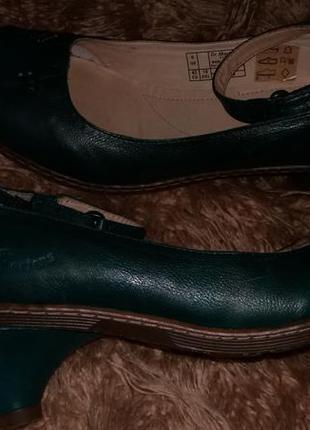 Кожаные туфли  dr. martens