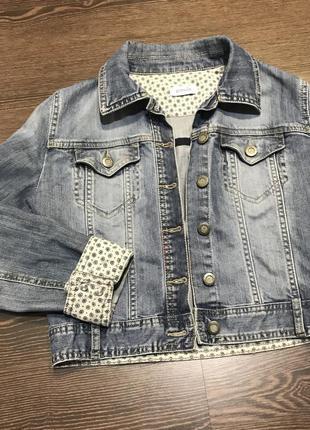 Джинсовая куртка, укорочённая