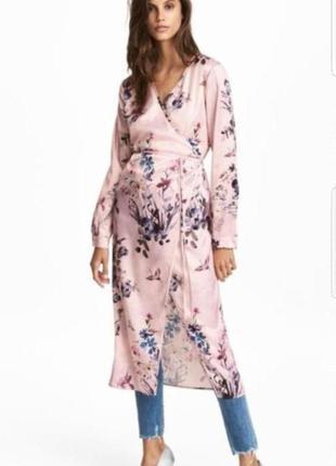 Стильное платье халат, накидка на запах h&m в цветочный принт.