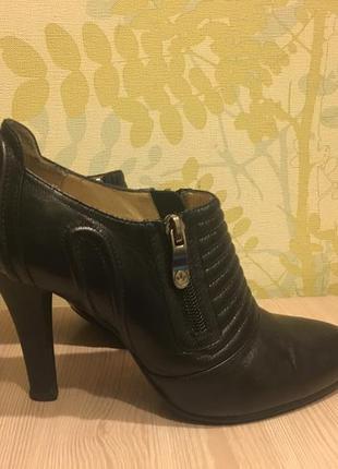 Кожаные туфли очень удобные