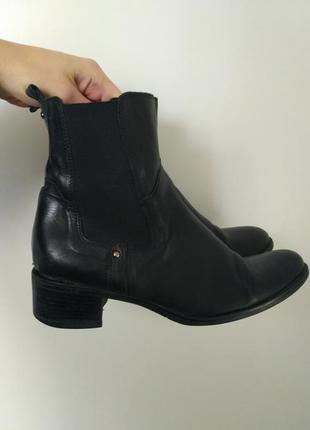 Кожаные демисезонное ботинки сапоги боты на осень