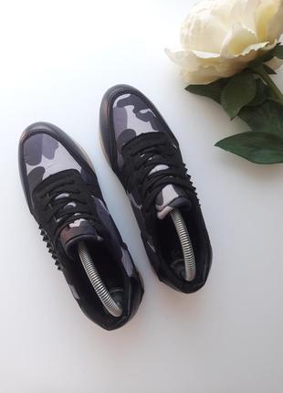 Комбинированные кроссовки  с камуфляжным принтом 😎2 фото