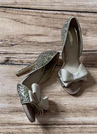 Туфлі для золушки