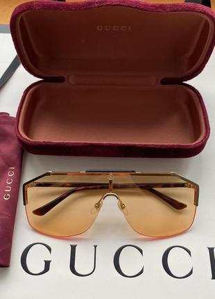 Gucci оригинал италия оранжевые солнцезащитные очки маска