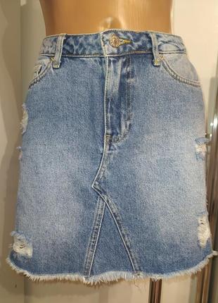 Джинсовая юбка с потертостями zara