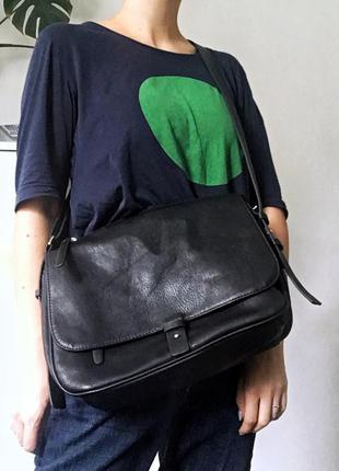 Идеальная чёрная сумка