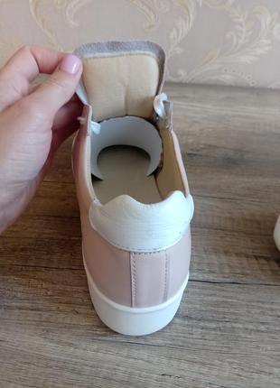 Женские кроссовки2 фото