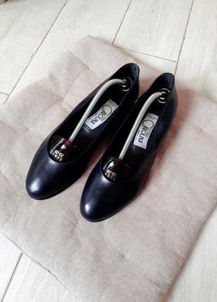 Туфлі donna carolina