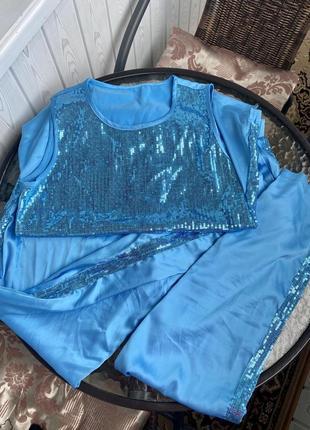 Костюм пижамного стиля голубой паетки нарядный шелк