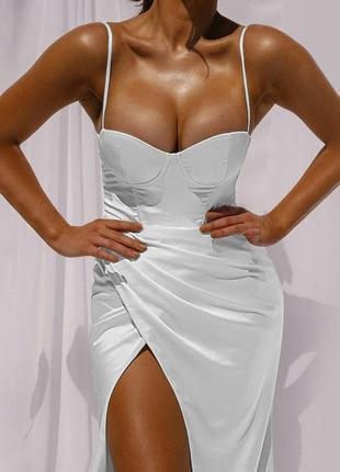 💃💃💃 summer 2021 💃💃💃 снова в наличии  ❤️ крутое вечернее платье с имитацией запаха 🥰❤️