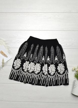 Красива ажурна юбка zara.