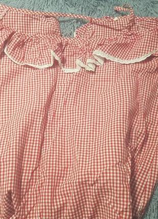 Рубашка в клетку со спущенными плечиками