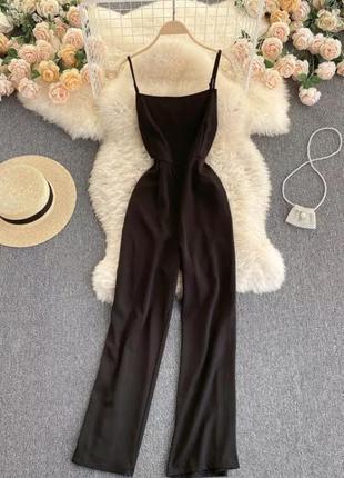 Черный комбинезон с штанами кюлотами