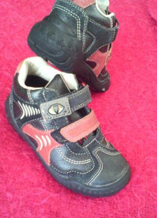 Супер ботинки--8 м -размер