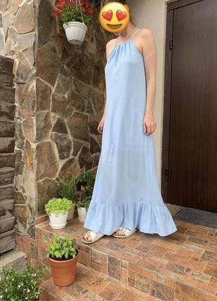 Платье бренда musthave