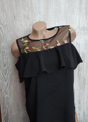Красивая блузка с открытыми плечами и вышивкой atmosphere размер 14
