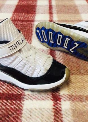 Дитячі кросівки nike air jordan 11 retro ( оригинал ) детские кроссовки