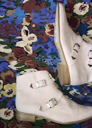 Брендовые, пудровые ботиночки, экозамша.