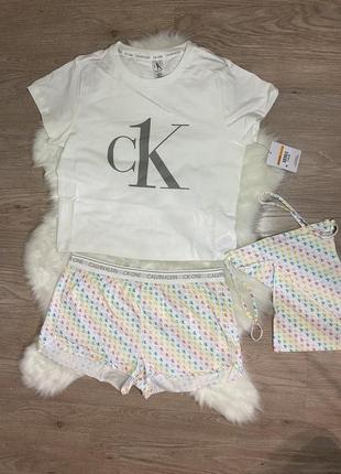 Пижама calvin klein оригинал, комплект для сна футболка+шорты (s)5 фото
