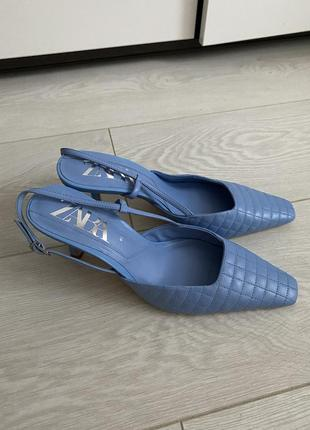 Туфлі босоніжки zara