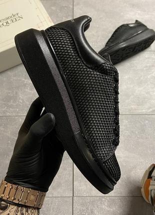 Женские кроссовки alexander mcqueen black grid