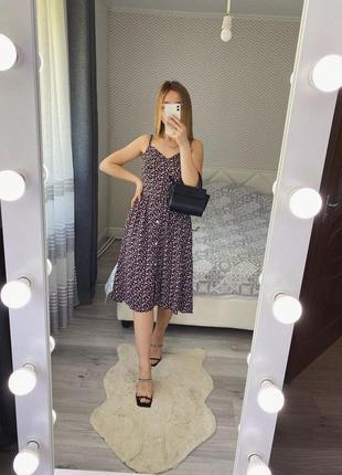 Новое легкое платье в цветы